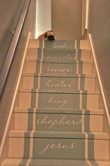 staircase..: Diy Ideas, Paintings Runners, Paintings Patterns, Decor Ideas, Stained Carpets, Paint Patterns, Farmhouse Ideas, Stairways To Heavens, Dreams Decor