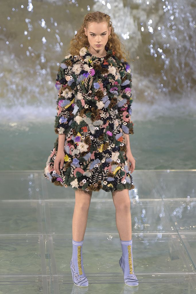 Fendi Couture Fall 2016 [PHOTOS] | WWD