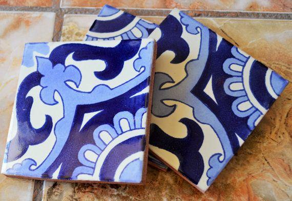 ✔ ongeveer 88 stuks van 4 x 4 Mexicaanse tegels ‾‾‾‾‾‾‾‾‾‾‾‾‾‾‾‾‾‾‾‾‾‾‾‾‾ Voegt een speciaal tintje aan elk oppervlak of project dat met deze prachtige Mexicaanse tegels unieke. * Grootte: 4 x 4 duim -U ontvangt 11 dozen van Mexicaanse tegels gemaakt met de hand in Talavera (4 x 4 inch) -U kunt al hetzelfde ontwerp of kunt kiezen voor een van de tabbladen die worden weergegeven bij deze winkel voor een doos (11 dozen van tegels). Dit zijn allemaal hand individueel verpakt in plastic bubbels…