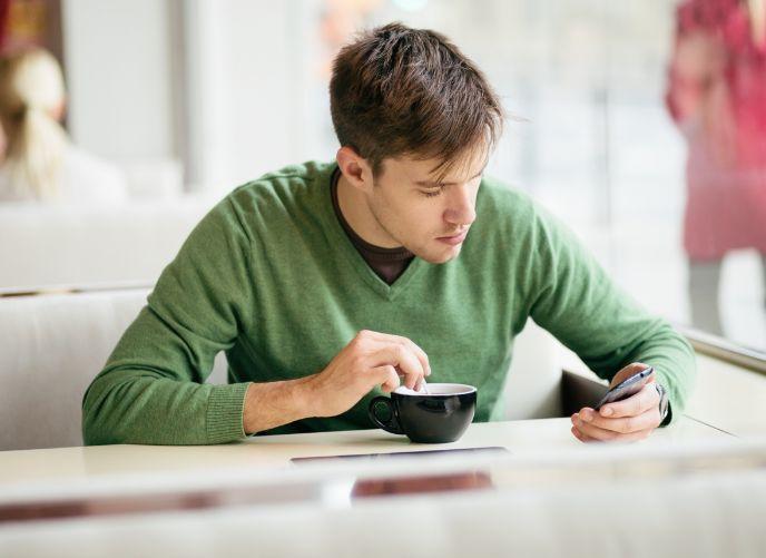 Efek Negatif Kecanduan Smartphone Bagi Kesehatan