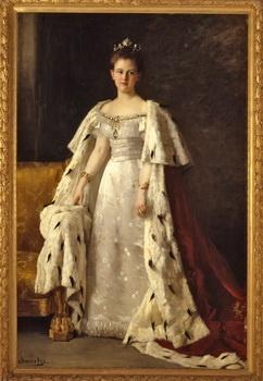 Koningin Wilhelmina in Koningsmantel