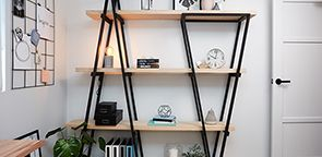 industrial wooden bookshelf in study https://www.bunnings.co.nz/diy-advice/home-improvement/shelving-and-storage/diy-industrial-wooden-bookshelf