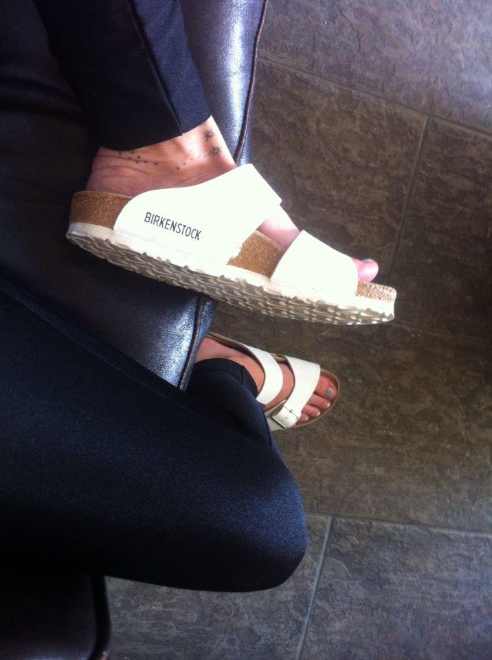 simplicity #uglyshoes #birkenstock #todayimwearing #fwis #fromwhereistand #arizona