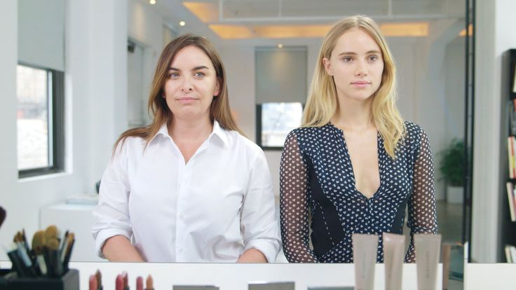 natural glow makeup tutorial with suki waterhouse and burberry's wendy rowe.