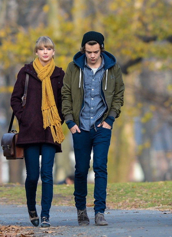 Harry Styles & Taylor Swift    more awesome photos @ http://onedirection-pb.tumblr.com/  -  www.facebook.com/onedirectionphotoblog