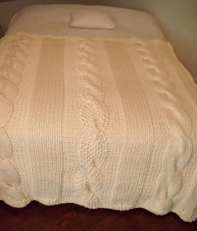 Chunky Cable Knit Blanket by BocianieGniazdo on Etsy, $135.00