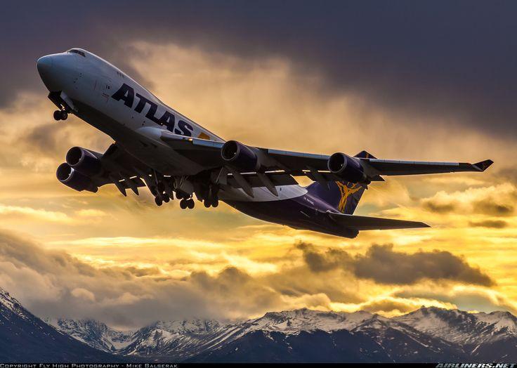Atlas Air N418MC Boeing 747-47UF/SCD aircraft picture