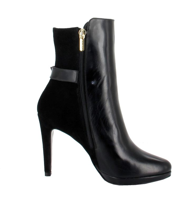 Occasion - Black Patent High Folded BootsChanel uBO9CCit