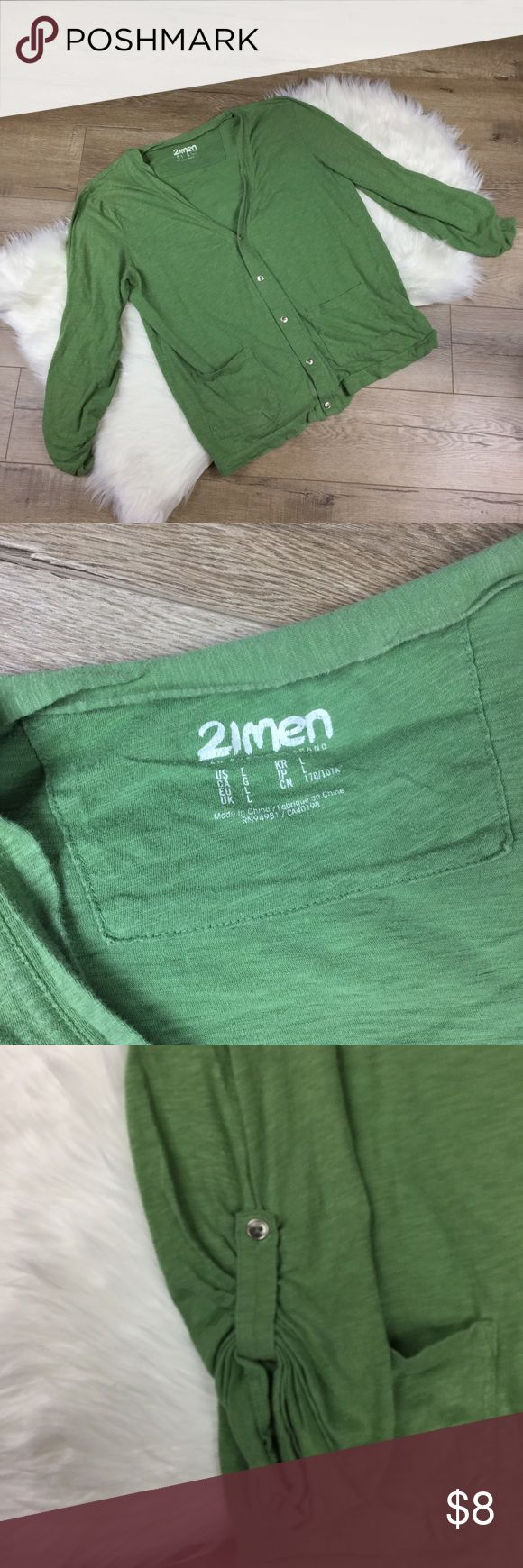21 men green sweater Good cardigan sweater from forever 21men green.  Arms are adjustable. 21men Sweaters Cardigan