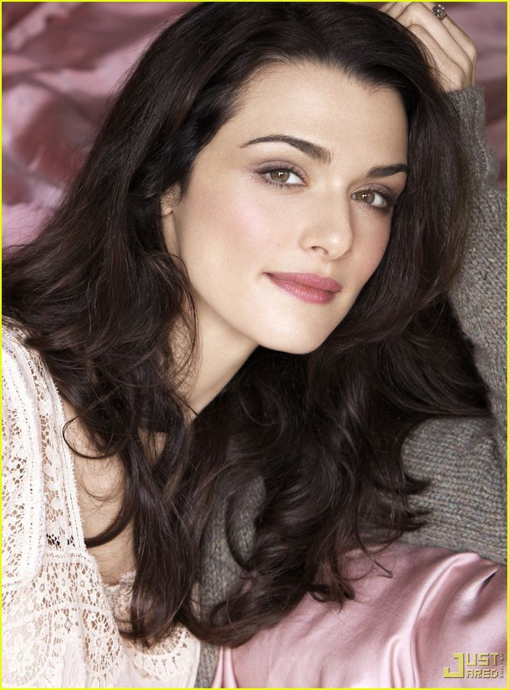 Rachel Weisz || Really good color combo for me
