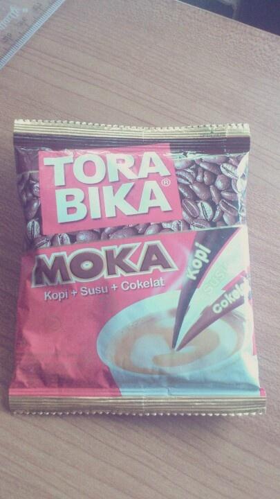saingannya kopi ABC. ini jg termasuk kopi instan yg bukan kopi instan. kopinya enak, dgn aroma dan rasa kopi moka yg tipis. mgkn bakal jd paporit.