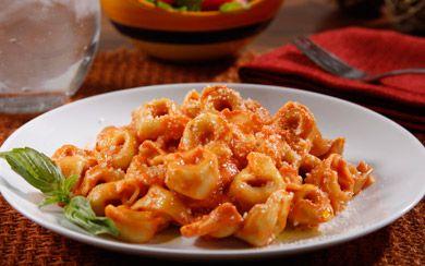 Barilla Cheese And Spinach Tortellini With Creamy Tomato Basil Sauce Rice Pasta Potatoes Pinterest Spinach Tortellini Tomato Basil Sauce And