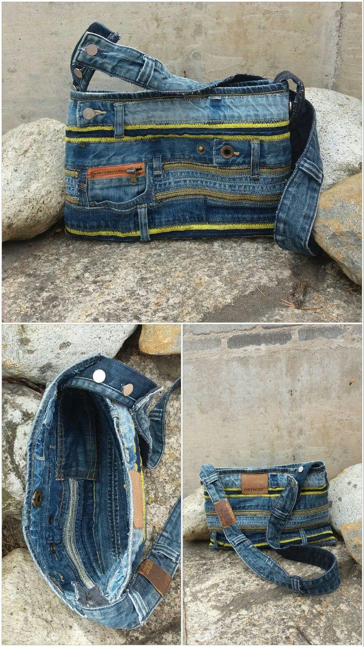 Handbag recycled denim, DIY, jeans; re-used by Anna, kan vändas ut och in och du får en diskretare väska