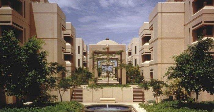 جامعة الملك عبدالعزيز تحتل المرتبة الأولى عربيا والأفضل بين 150 جامعة عالميا احتلت جامعة الملك عبدالعزيز جامعة الملك عبد House Styles Mansions Building