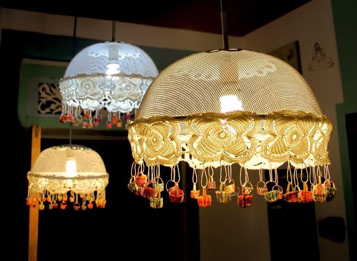 Lámparas colgantes hechas por la familia de madameLilí