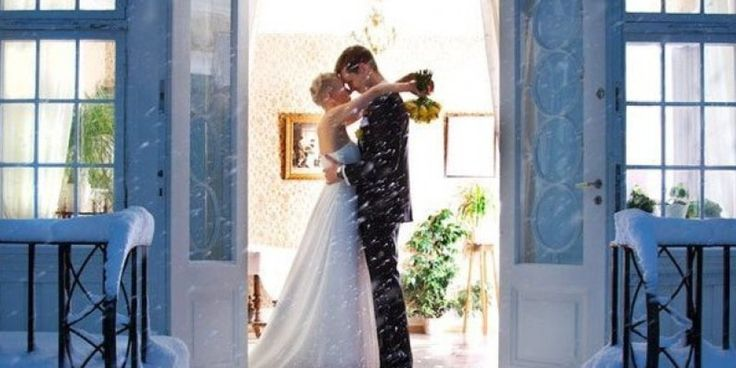 A little bit of snow on your wedding day can add such a magical effect. Here, check out some of our favorite snowy wedding photos.          More from Bridal Guide:  Wedding Crisis Control: How to Handle a Weather-Related Emergency  100 Ideas for Wint....