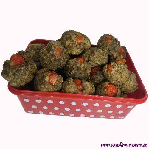 Tomatenkugeln Tomatenkugeln sind kleine Tomaten in Hackfleischhülle laktosefrei