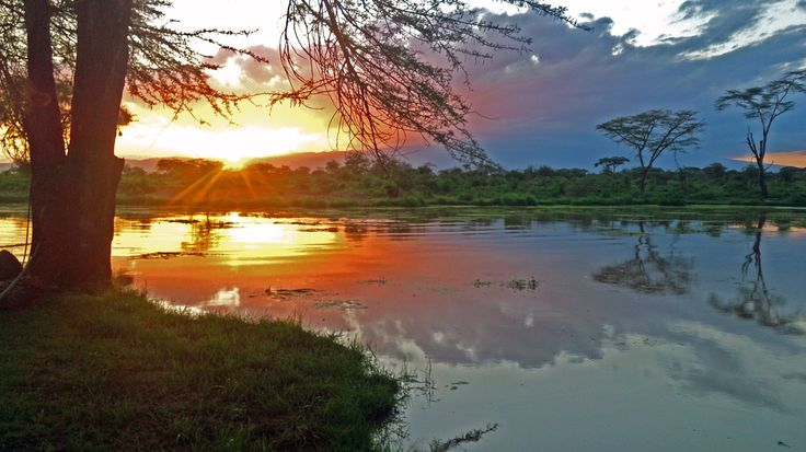 Africa tramonto laguna tzavo