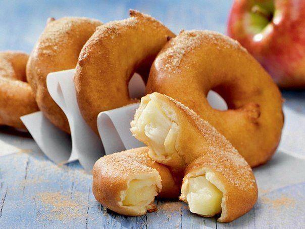 Яблочные кольца в кляре — идеальный завтрак выходного дня!