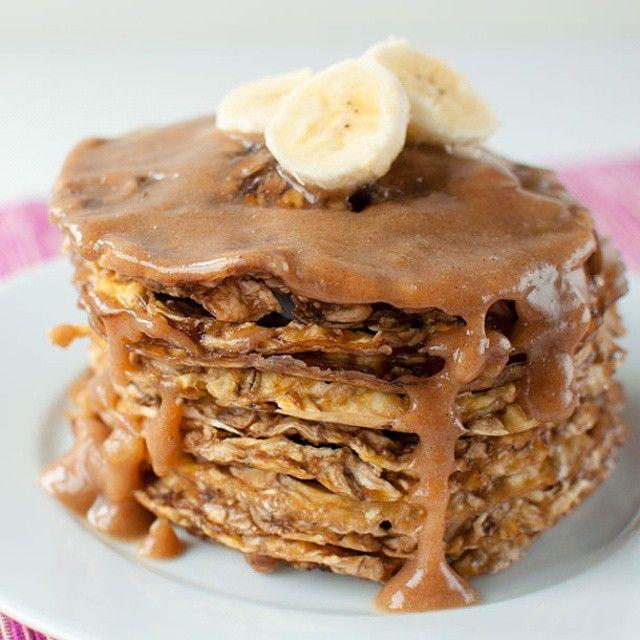Fluffy Raw Vegan Pancakes (one ingredient!)