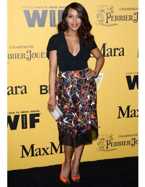 Hier à Los Angeles, la star de la soirée s'appelait Kerry Washington. Invitée à recevoir un prix lors du gala « Women In Film's Crystal », la star de « Scandal » était rayonnante. http://www.elle.fr/People/Style/Look-du-jour/Le-look-du-jour-Kerry-Washington-revient-sur-le-tapis-rouge-apres-son-accouchement-2712172
