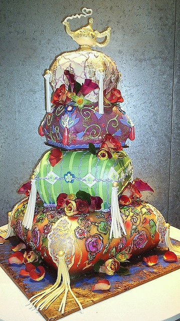 Arabian nights wedding cake check out joann hesson 39 s for Arabian cake decoration