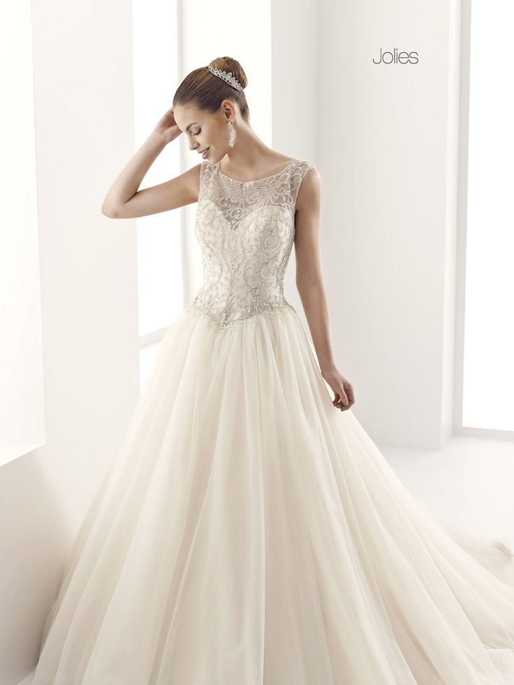 GLAMOUR JOLLIES-30 abiti da sogno, per #matrimoni di grande classe: #eleganza e qualità #sartoriale  www.mariages.it