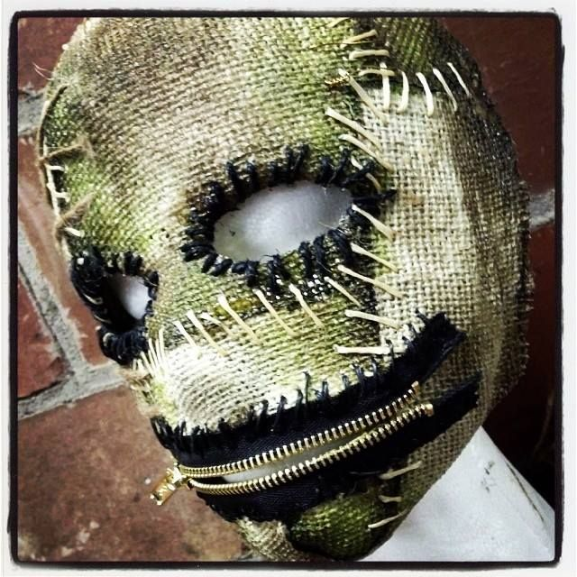 Zip-IT Sinister FX Half mask made from burlap and latex. hand painted and hand stitched with functioning zipper mouth and an elastic back.…