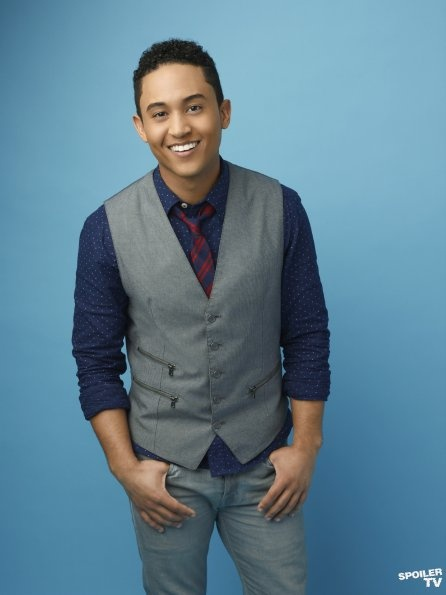 Tahj Mowry as Tucker on the new show Baby Daddy