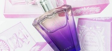 Rare amethyst smells amazing it's one of my personal favorites....you can get this and so many other great deals at youravon.com/Sierraanderson