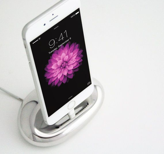 Zen Stand Charging Dock for iPhone 6/ 5s /5 iPad mini /iPod [Made in Japan]