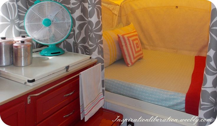 I love this pop up camper makeover. Makes me want to go get an old camper and make it over!!!