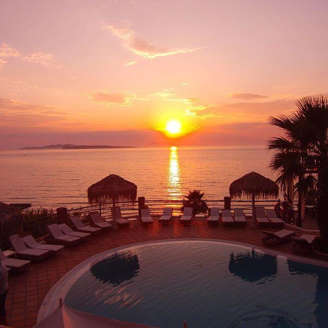 Moments of serenity... #DelfinoBlu #Corfu #Romance #Sunset Photo credits: @onneveld