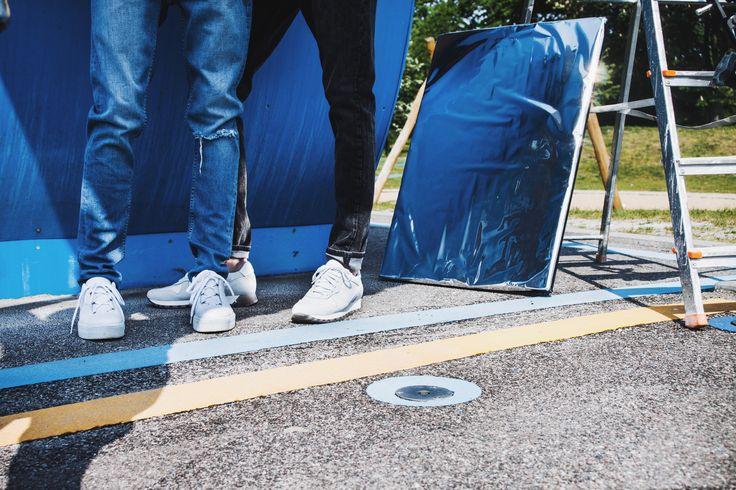 White kicks. Behind the scenes at the Samsøe & Samsøe Spring 2017 campaign shoot.
