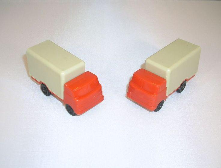 2 St DDR Modellautos LKW W50 von Plaspi Koffer mit Heckklappen