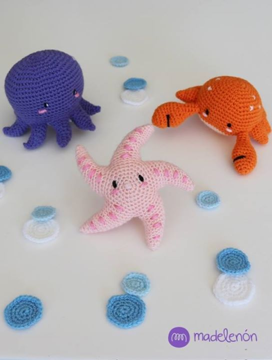 Madelenon keeps adding more members to her sea, these are the new three! Nubia the starfish, Frank the crab and Nahuel the octopus. My Sea 3 by Madelenon: http://ift.tt/2cQJiy7