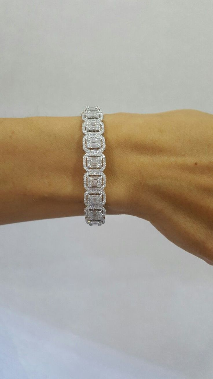 Illusions emerald diamonds bracelet