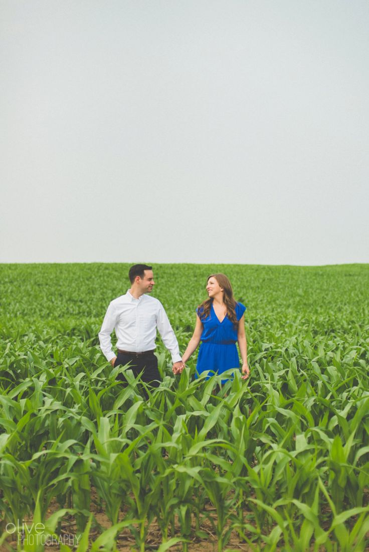 Cornfield Cottage Engagement Session | Photography: Olive Photography | Toronto & GTA wedding photographer | www.olivephotography.ca