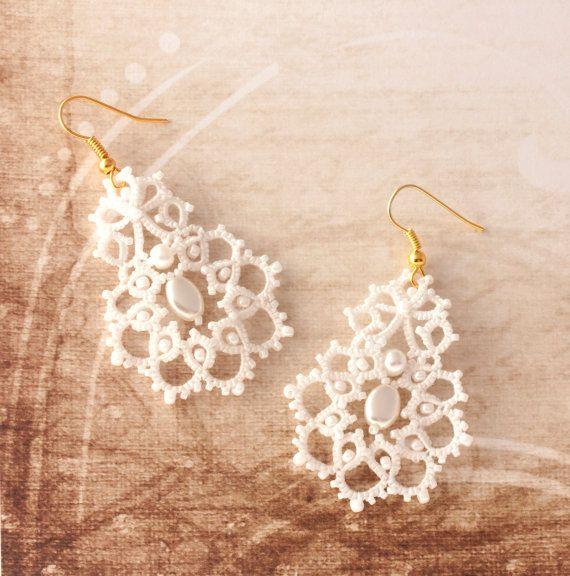 Bridal earrings Bridal tenderness tatted earrings