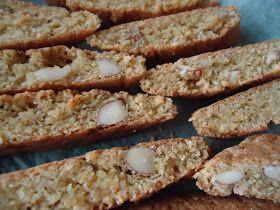 Den originale oppskriften til disse lavkarbo biscottiene er det Janicke fra den kjempefine og inspirerende bloggen En Sunn Familie som står...