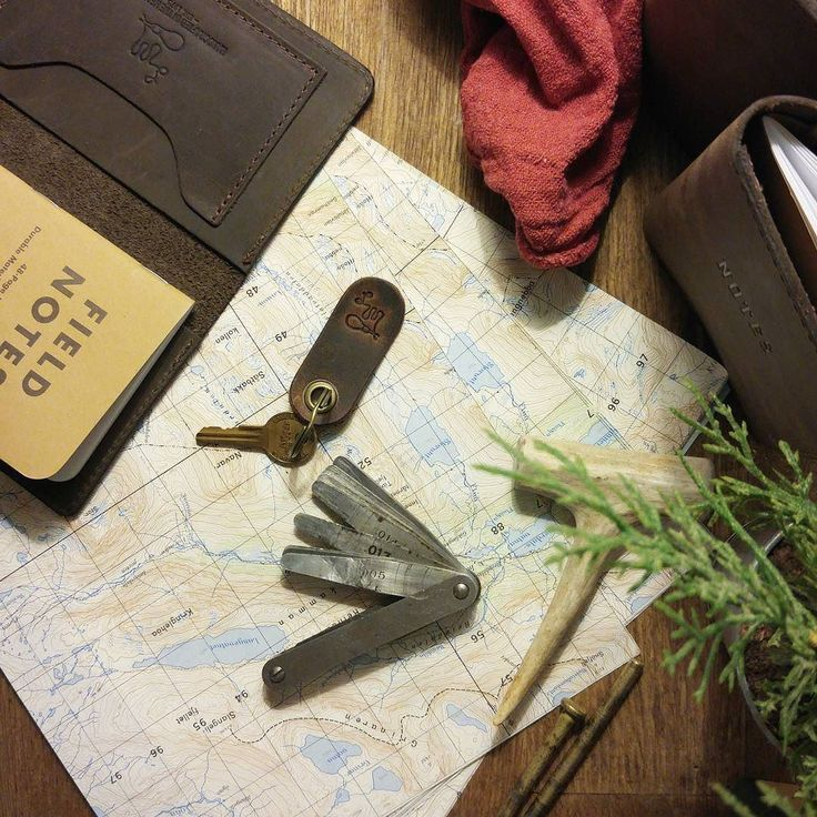 The key to a good weekend... Outside > Online.  Morrison Journal  Free Key Tab // http://ift.tt/2qcE8mz  #LMproducts #MadeInUSA #Est1975 . . .  #leathergoods #travel #rustic  #leather  #classic #travel #journal #writing #writer #passport  #HandcraftedInTheHeartland @lm_leather_goods #edc #dailycarry  #everydaycarry. #quality #AmericanMade