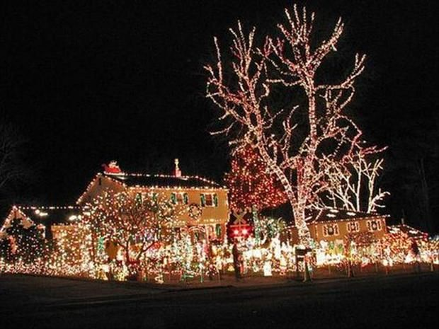 Pictures Of Houses Decorated For Christmas 76 best christmas extreme lighting images on pinterest | holiday