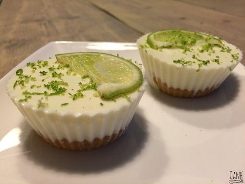 Zuleica liet een foto zien van de meest lekkere gebakjes die ze bij SUE Rotterdam had gehaald De Key Lime Cheesecake vond ik er zo fris uit zien! Weer eens wat anders dan chocolade en aardbeien des...