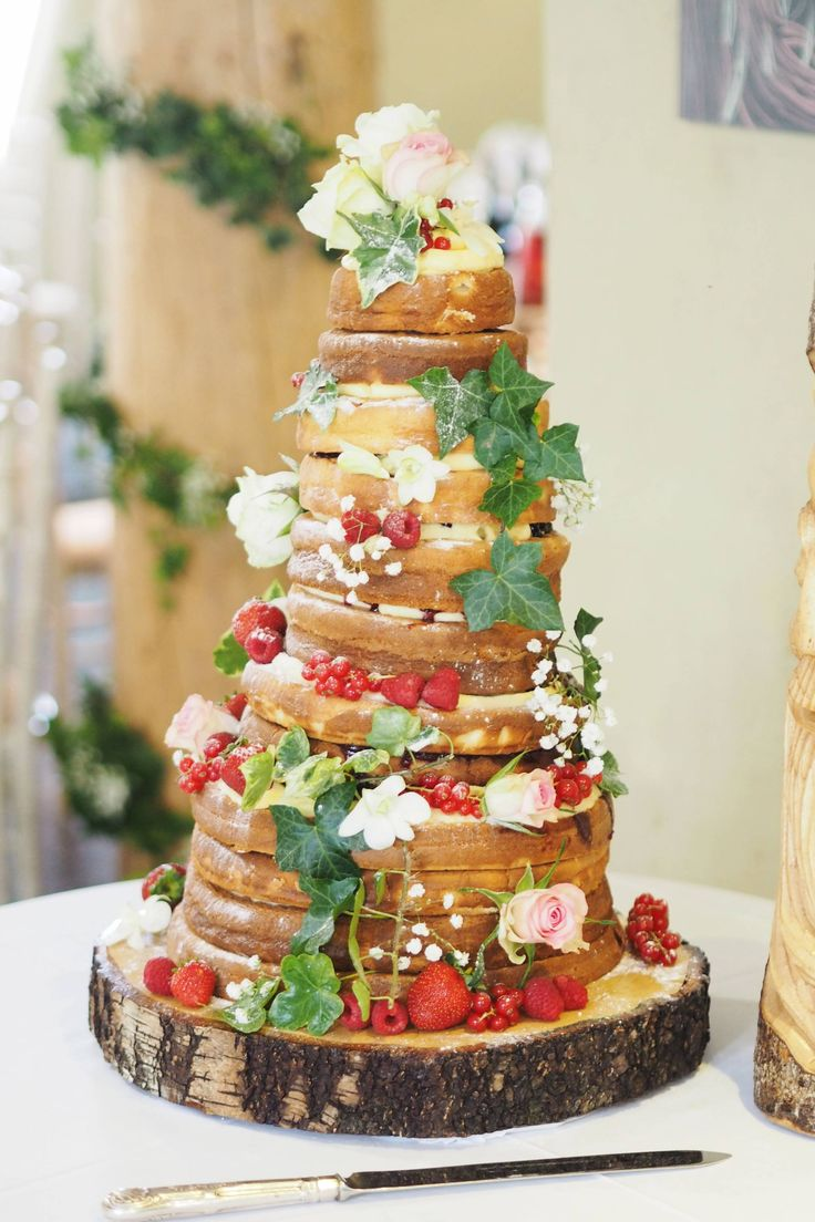 Best 25 homemade wedding cakes ideas on pinterest cake tables rustic and country homemade wedding cake solutioingenieria Image collections