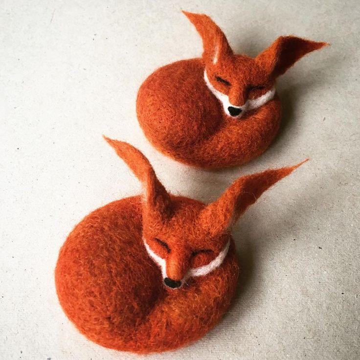 Fox brooches needle felted from wool - based on my own design #needlefelting #felting #fox #workinprogress #design #brooch #jewelry #handmade #fibreart #textileart #sculpture #redfox #foxes #cambridge #cambridgeuk #cambridgemade #etsyshop #etsyseller #customorder #wildlife #rusty #autumn #wool #natureinspired #nature #textile #autumn #gift