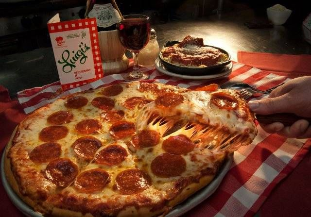 These 15 Akron Restaurants Will Blow The Taste Buds Out Of Your Mouth