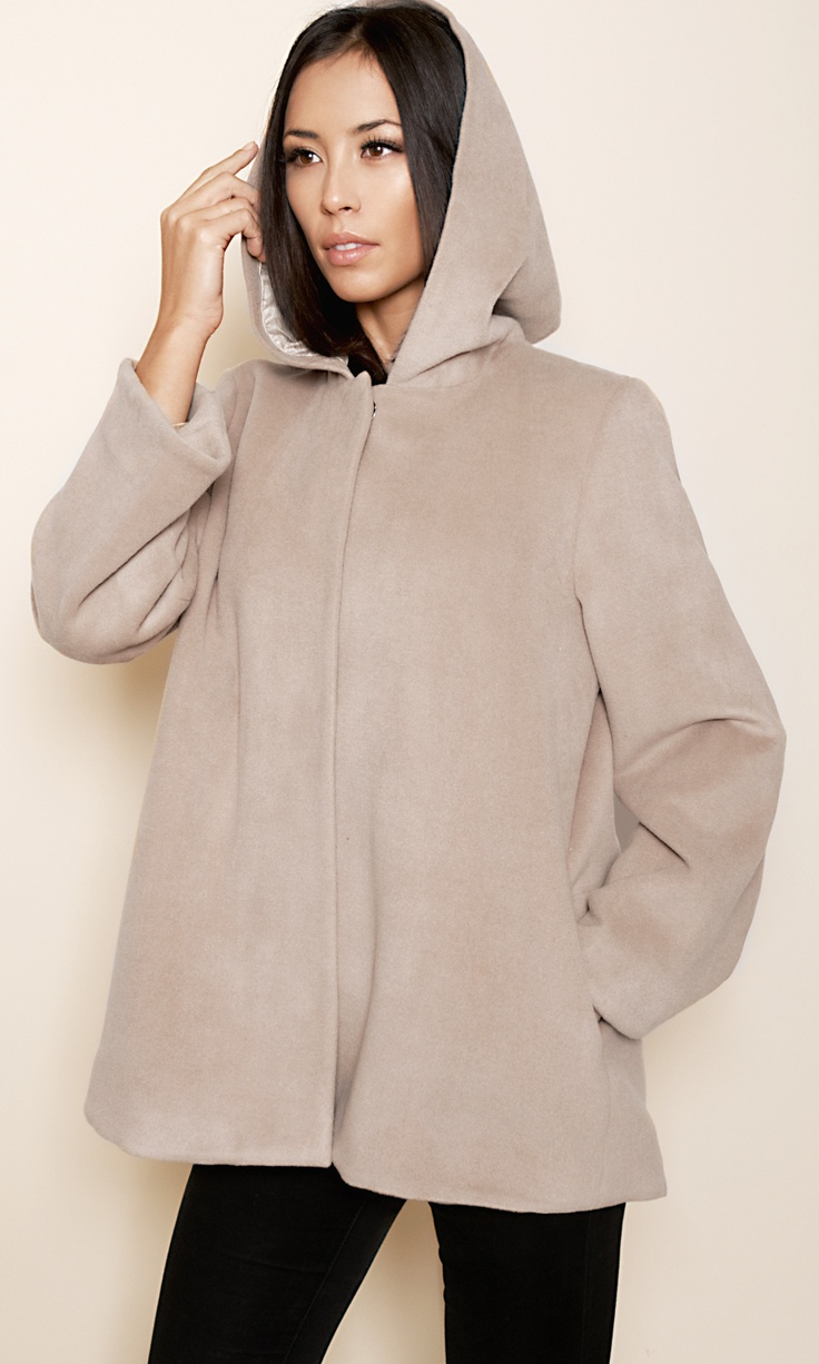 Manteau capuche laine