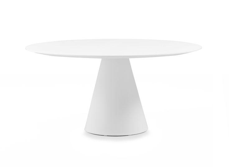 Ikon Big è un tavolo con base in polietilene, ripiano in laminato 30 mm oppure…