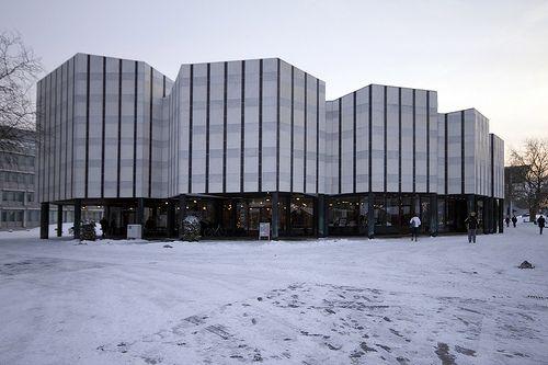 Wolfsburg Cultural Center / Alvar Aalto