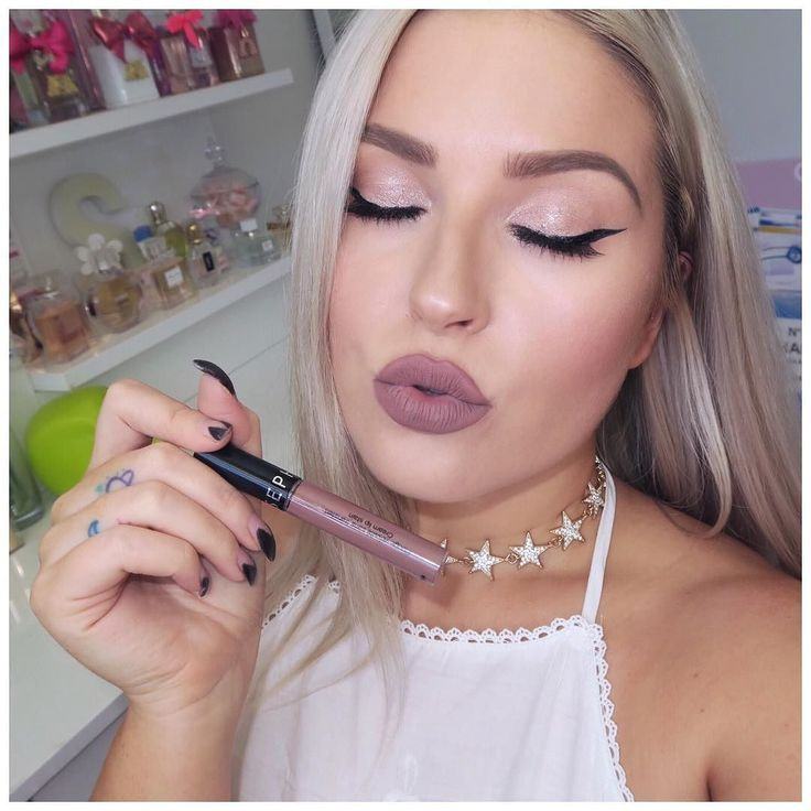 Wearing the Sephora Collection Cream Lip Stain in 21 Pretty Beige! https://youtu.be/9FkkqzzrITA check out my new lip swatch video for heaps of swatches! #shaaanxo #beautyuncomplicated #SephoraCollection @sephoracollection #sponsored